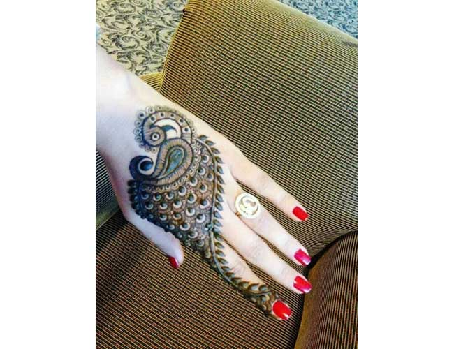 Peacock Design Henna Tattoo: Modern And Artistic Henna Tattoos That You Will Want To